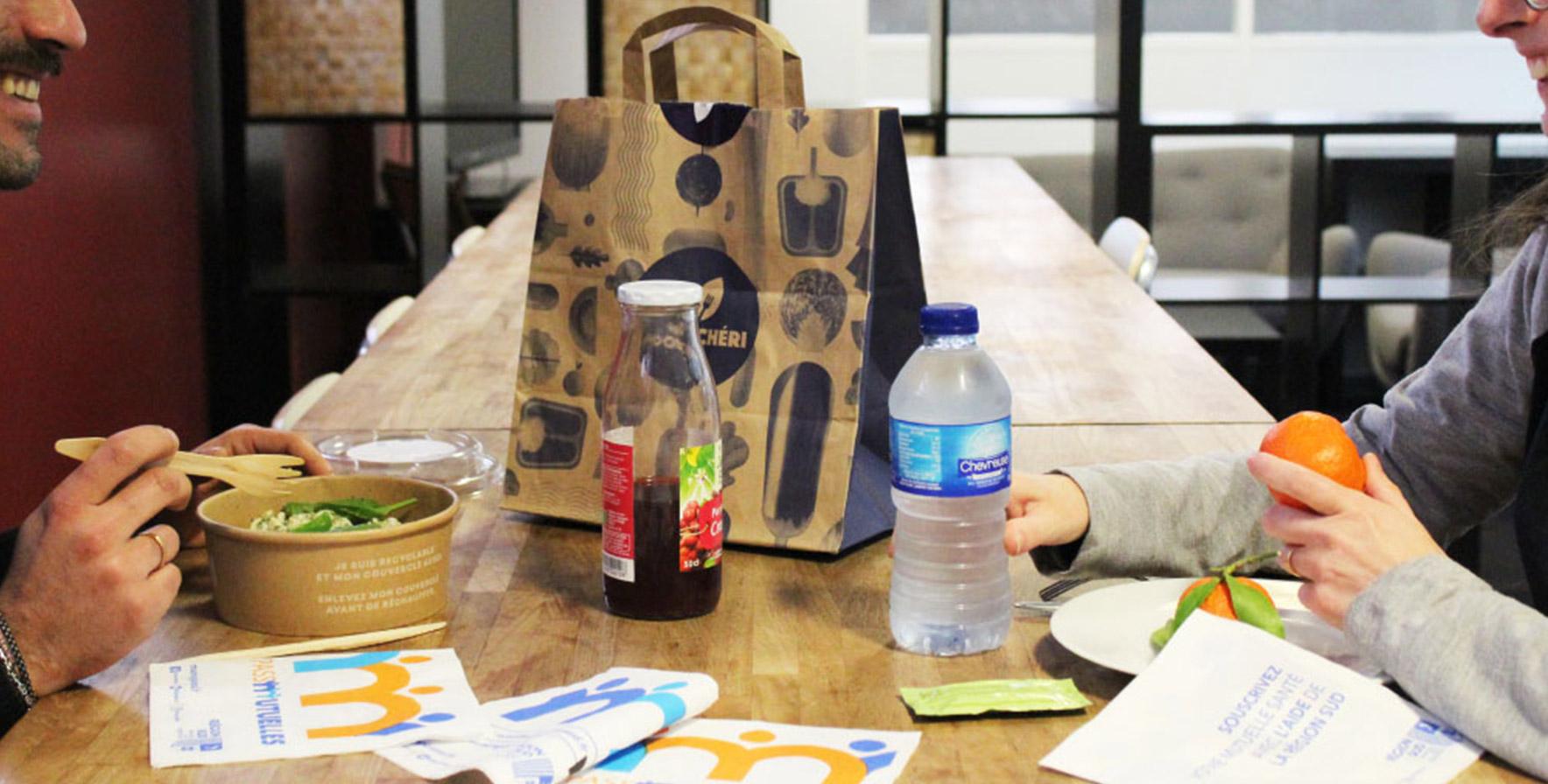 Supports tactiques - serviette de table - Keemia agence de marketing local Aquitaine