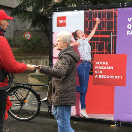 SFR - affichage mobile - street marketing - Keemia agence marketing local Paris