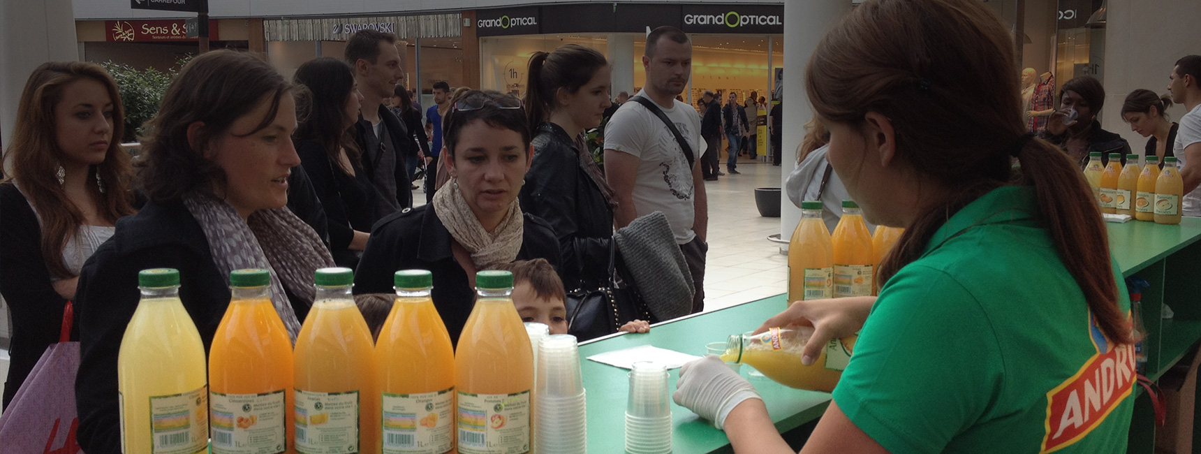 Stand de dégustation des jus Andros - Keemia Shopper Marketing - Agence d'activation shopper marketing phygitale