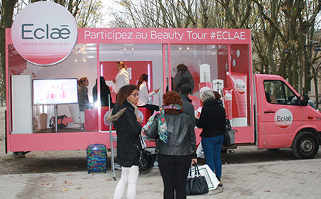 Un camion showroom pour la promotion de la marque Eclae -Keemia Shopper Marketing - Agence d'activation shopper marketing phygitale