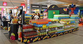 Découverte de la nouvelle boisson Schweppes via une animation instore - Keemia Shopper Marketing - Agence d'activation shopper marketing phygitale