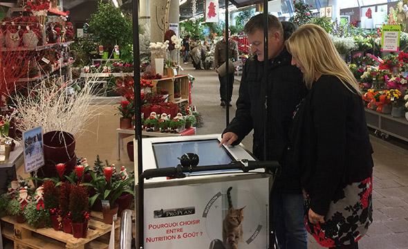 ProPlan fait découvrir sa gamme complète à ses clients en grandes surfaces grâce à un triporteur digital - Keemia Shopper Marketing - Agence d'activation shopper marketing phygitale
