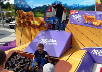Milka Outstore street marketing agence d'activation shopper marketing phygitale