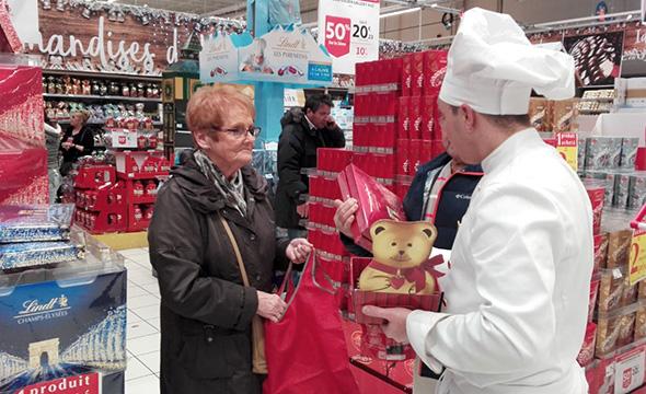 Shop in shop Lindt animation et dégustation en point de vente - Keemia Shopper Marketing Agence d'activation shopper marketing phygitale