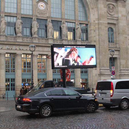 Lycaproduction sur écran géant - Keemia Agence Hors média, Shopper Marketing, Evénementiel